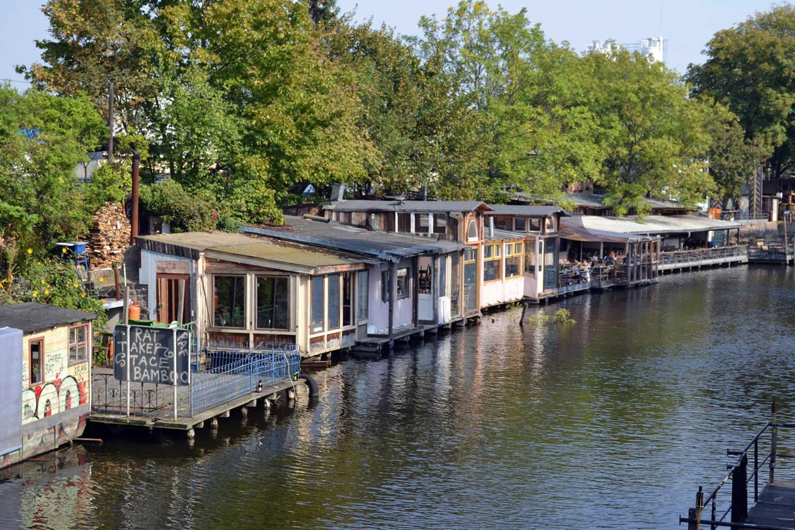 Bouchegaerten-Impression-Umgebung-Wasserstrasse